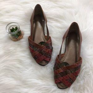 Vintage • Woven Leather Peep Toe Flats